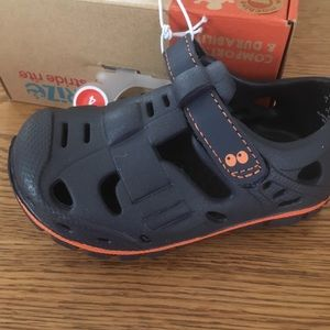 Stride Rite toddler size 4 Navy blue sandal